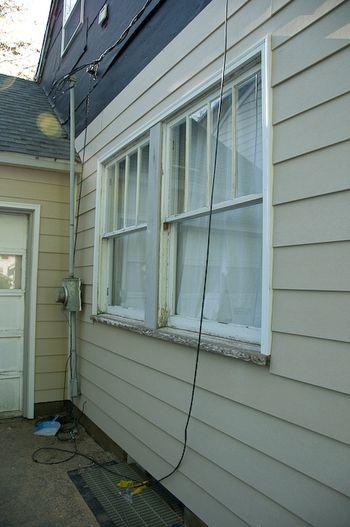 Window2-4
