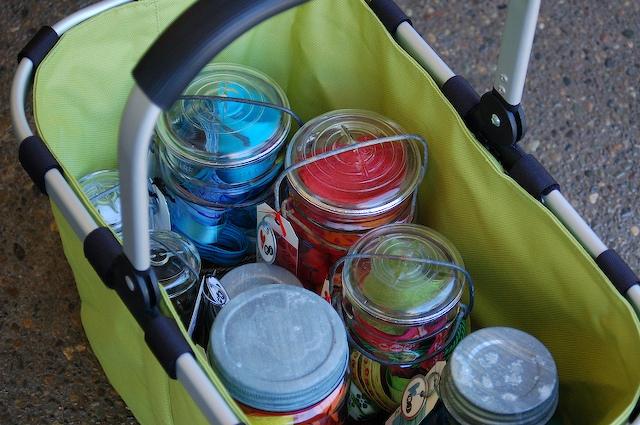 Basket_of_jars